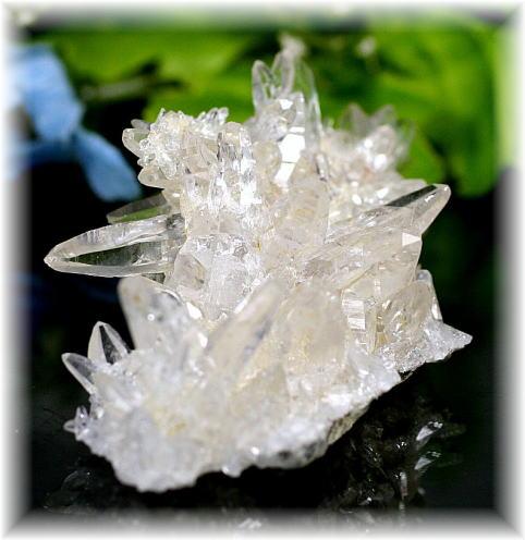 パキスタン・スカルドゥー産ヒマラヤ水晶ミニクラスター  (SKARDUQUARTZ-MINI09)