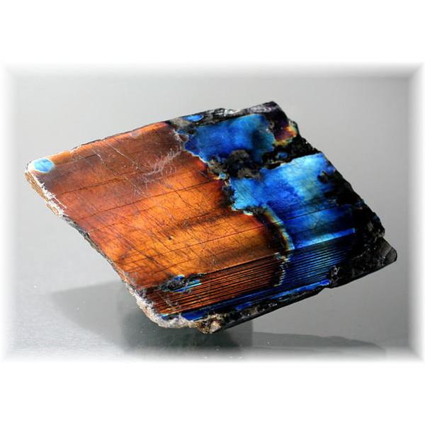 フィンランド産スペクトロライト1面磨き結晶石(SPECTROLITE-JPP203)