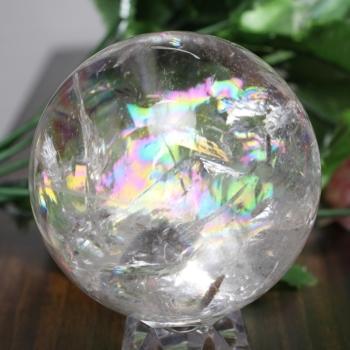 [トップクォリティ]レインボー水晶 丸玉 台座付属(RainbowCrystal-tp0608is)